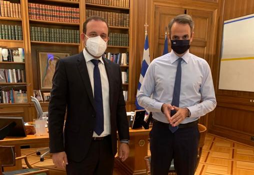 Συνάντηση Προέδρου Οικονομικού Επιμελητηρίου Ελλάδος κ. Κ. Κόλλια με Πρωθυπουργό κ. Κ. Μητσοτάκη